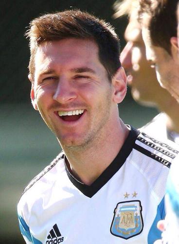 梅西2014世界杯的发型叫什么图片