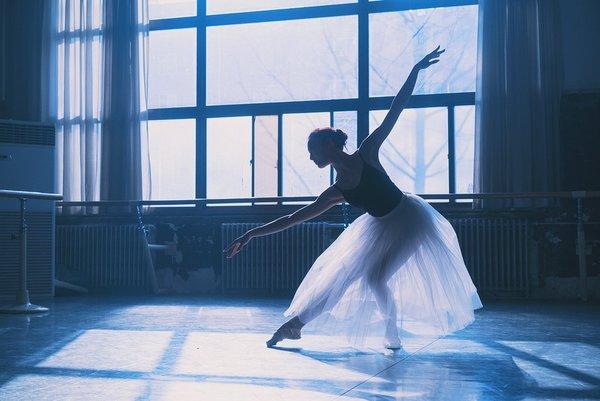 描写跳舞的好词好句