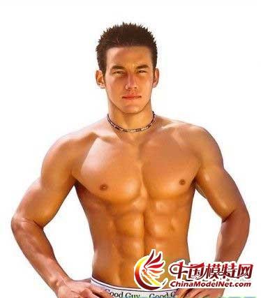 有没有展示肌肉男胸肌的图片 ...