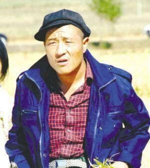则让赵四这一名字火遍全国的,则是综艺节目《本山快乐营》.