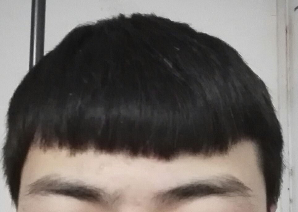男生发型怎么弄斜,平刘海难看死了图片