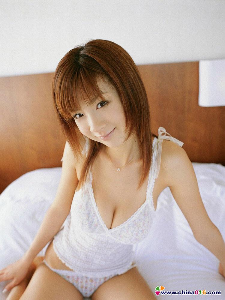 这个日本美女叫什么 急求!