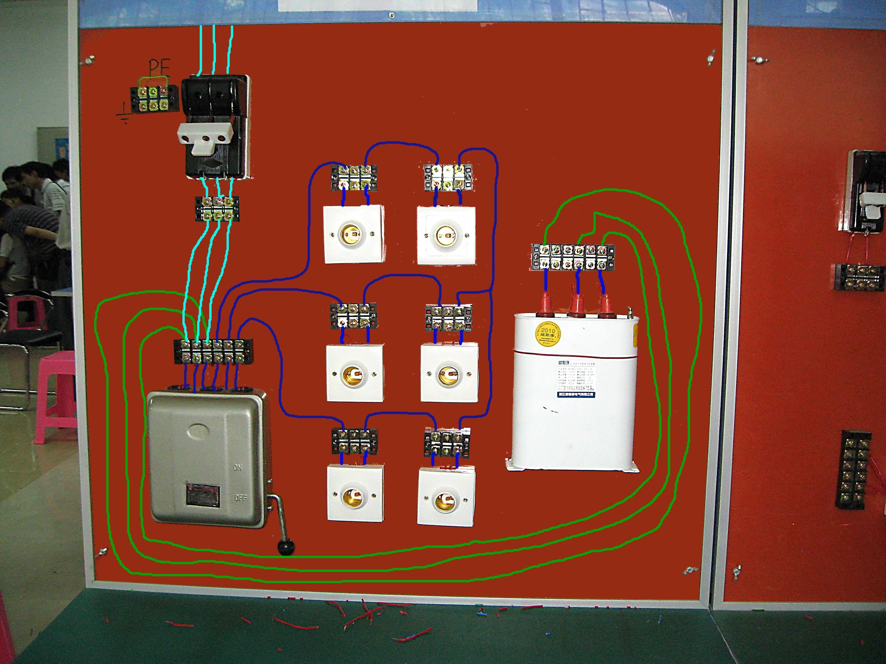 电容器的放电负载