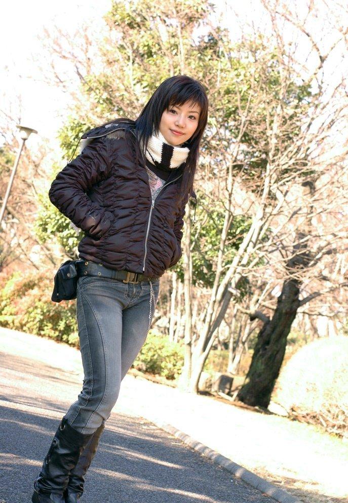 2条回答  2013-12-02 12:52   热心网友  红音萤(1983年10月25日~)