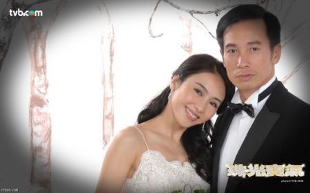 谁有《珠光宝气》黎姿和陈豪(背影)的结婚照?图片