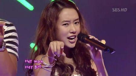 这个韩国小美女明星叫什么啊