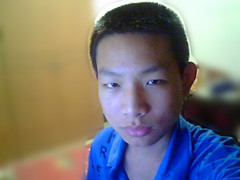 16岁男生脸大,嘴唇厚,要什么发型?图片