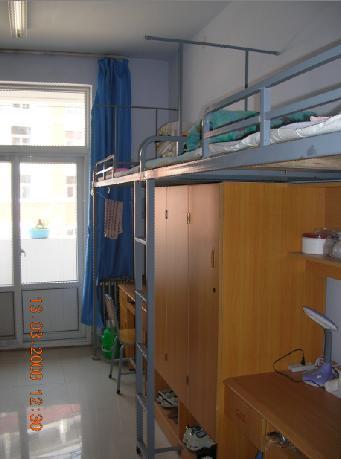 郑州大学新校区寝室的图片图片