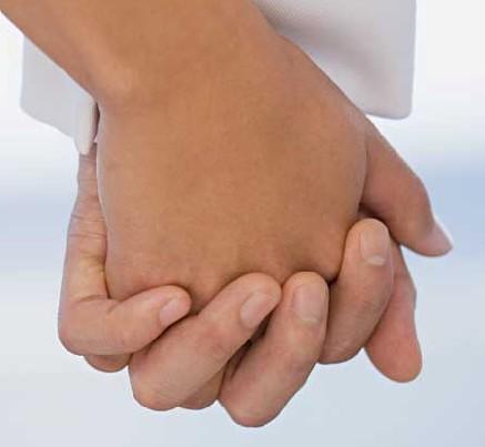 牵手图片十指紧扣 牵手图片唯美背影图片 牵手图片十指紧扣情侣 牵手
