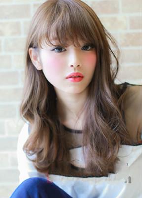 女式中长头发水波纹怎么发型?图片