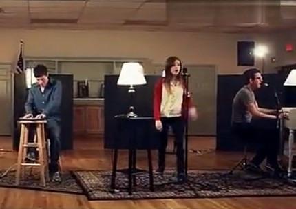 欧美两男一女组合唱得英文歌曲