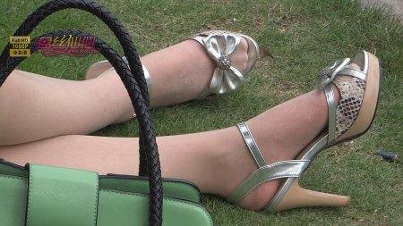 闻美女的高跟鞋鞋百度贴吧