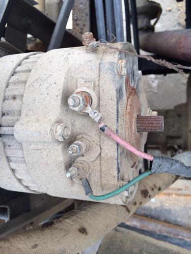 农用机 汽车发电机12v 接线问题 如图 调节器红灯不亮,我怀高清图片