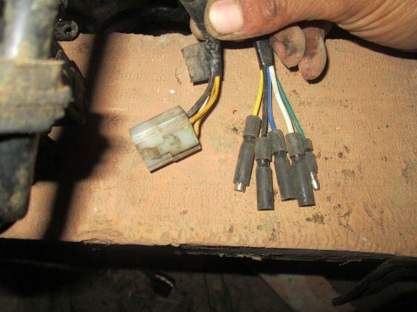 摩托110cc卧式链条换发动机电路接法图片