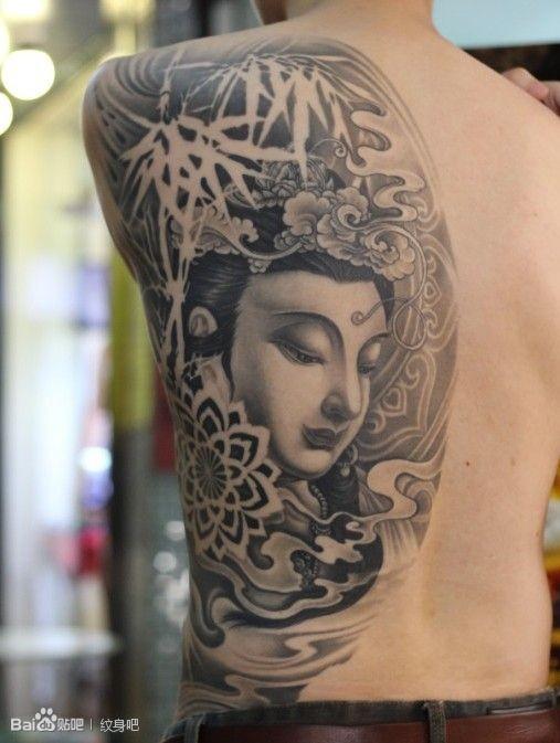 求这个半背观音纹身的手稿 (507x673)-正在背部纹身的美女图片