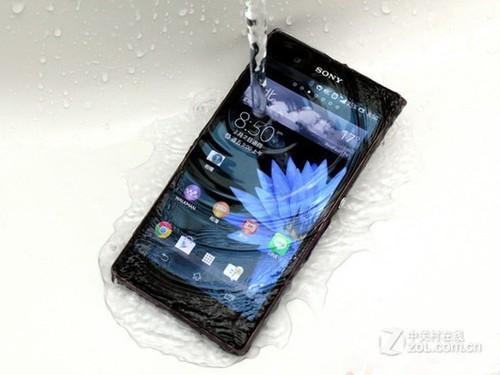手机性价比高的2500 3000元左右,拜托了