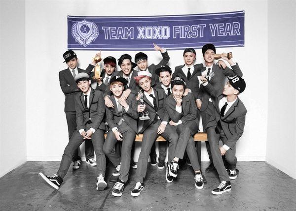 我想要EXO的XOXO专辑里穿的那套西服的所有图片,要高清的