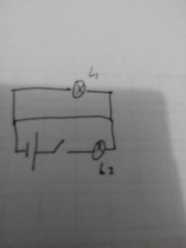 初三电路图 L1为啥被短路