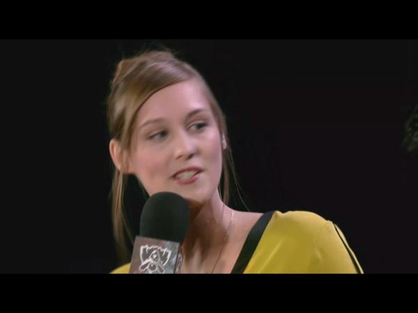 英雄联盟s5总决赛的这个欧洲女主持人叫什么名字