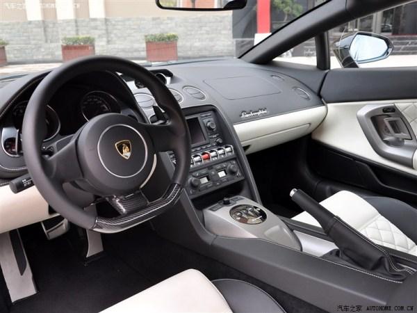 您好,这是兰博基尼盖拉多的中控台.前车更nb哈,迈凯轮12c高清图片