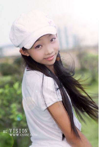小学女孩13