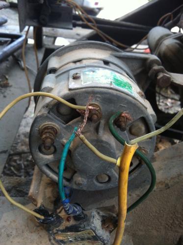 汽车交流发电机 带外接调节气的怎么接线啊 越详细越好高清图片