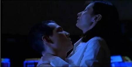 姐姐和弟弟性爱电影_唯美的婚外恋 性爱部分也拍得很动人 soundtrack很西化很美.